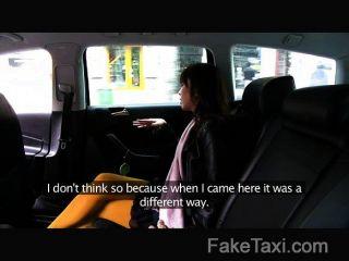 Faketaxi - японский турист с жесткой киске