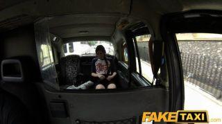 Faketaxi - испанский турист с большим членом такси