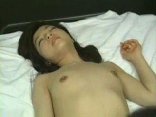 маленькая азиатская девушка чертовски