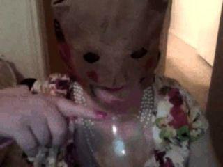 Пикси женщина Cumpilation: Пикси женщина пьет сперму из стекла, ест сперму на продукты питания и т.д.