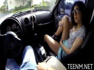 Совершеннолетие молодой Ava Тэйлора секс за наличные деньги