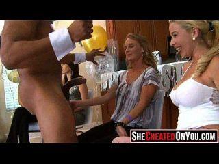 43 эти девушки сходят с ума от Clucb Orgy Sucking Dick 13