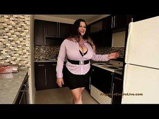 Angelina Castro - шлюха недвижимости!