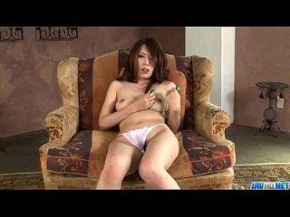 Yui Hatano сосет член и трахается, как ангел