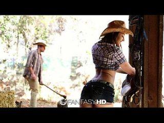 Hd Fantasyhd Cowgirl Dani Daniels едет на хуторе