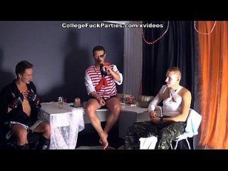 дикая девушка секс-вечеринка в пятницу 13-я сцена 1