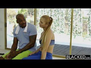 чернокожие первые межрасовые для фитнеса Babe Layna Landry
