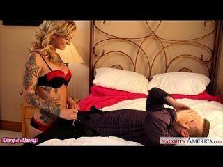 татуированные блондинка няня Kleio Valentien Fucking