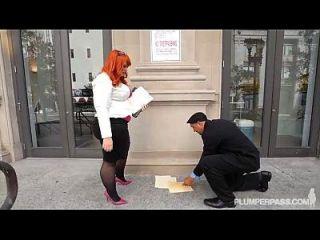 большая добыча Bbw Redhead Tiffany Star Facks ее новый босс