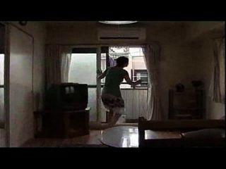 японская жена обманывает с мужем, ее не смешно видео ее обманывая жена сексуальная