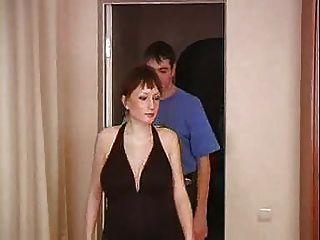 беременная мама трахал нежно ее молодые соседи ... F70