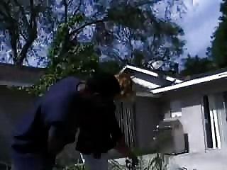 белый жена трахает 2 черных полицейских, чтобы заплатить за Hubbys много нарушений парковки!