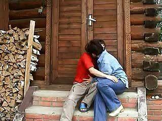 любительский русский пожилые мать и мальчик