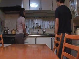 Японский анальный мама и мальчик с частным преподавателем