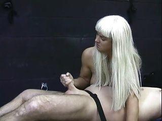 судорожные девушки - Jenny дергает 50 петухов