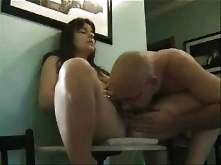 волосатые зрелые пары оргазм любительское очень жарко хорошая жена