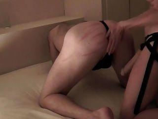 ремешок на задницу ебут унижения