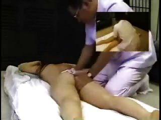 скрытая камера азиатский массаж мастурбация молодой японский пациента 3