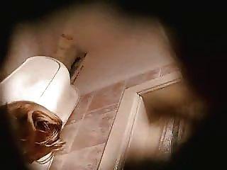 шпионаж мама в туалете