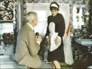 летний мужчина джинсовой Villroy получает минет от горничной ... носить твид-