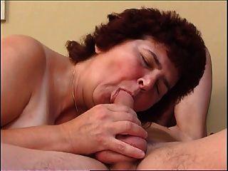 Бабушка и мальчик 2