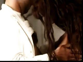 белый врач дает анальный Crempie к его черной беременной