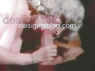 Bigboobs зрелые женщины трахать с молодым мальчиком