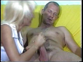 Сандры Cfnm мастурбирует