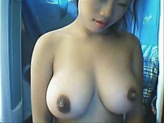 сексуальная азиатская камера девушка с большими сиськами