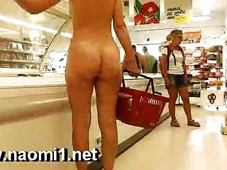 Naomi1 супермаркет голый