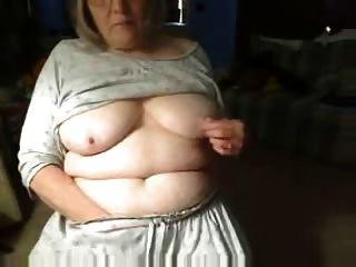 роговой Fuckable бабка с удовольствием на веб-камеры