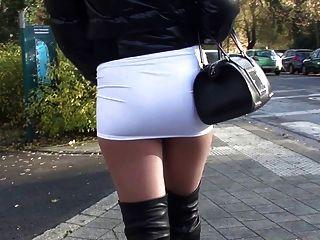 общественности сексуальные мини-юбки и сапоги выше колен Gianmarco Лоренци