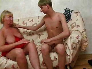 красивые толстые зрелые женщины и молодые Guy.by Pornapocalypse