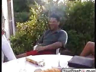 жена курить сигары мужья в общественном ... F70
