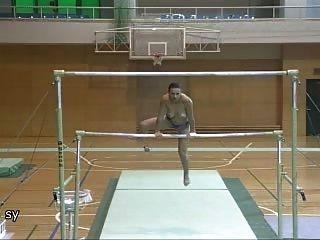 Румынские гимнастки обнаженном Лавиния Милошовичи