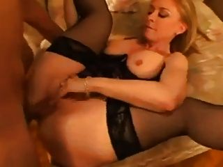 Нина Хартли и Фрэнки молодой
