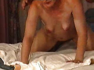 волосатые зрелые турчанка с небольшими пустыми отвисших груди; 2