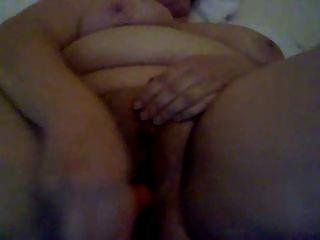 пухлые девушки мастурбируют волосатые киски