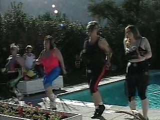 толстушки фитнес-вечеринка