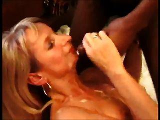 покорное блондинка жена принимает кратные петухи и так много диплом