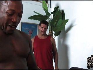 белая жена дважды пронизана Bbcs в то время как рогоносец смотреть