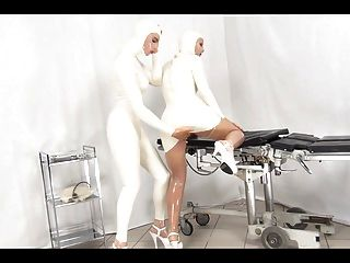 латексные медсестры