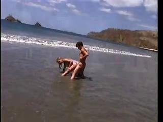 вылазка Layd на пляже в ретро кино