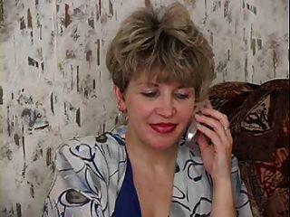 русская мама 19 созревают с молодым человеком