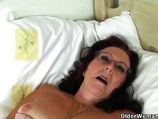 Британские бабули до сих пор люблю мастурбацию