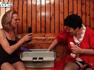 веселые фильмы роговой лесбиянки бабушкины