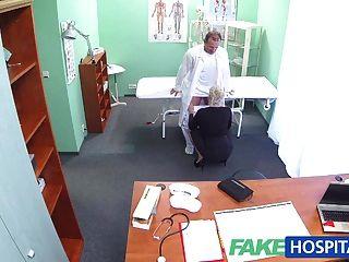 Fakehospital грязный врач трахает грудастую порнозвезда