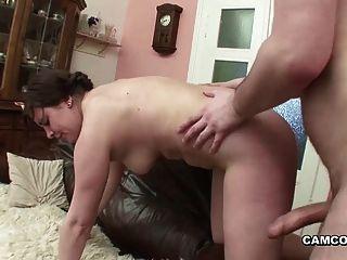 шаг папа с большой член трахает немецкий толстушки подростка, когда мама прочь