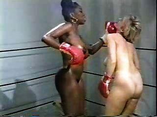 ретро межрасовый голый бокс