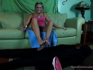 самая злобная женская фэшн и красивые ноги